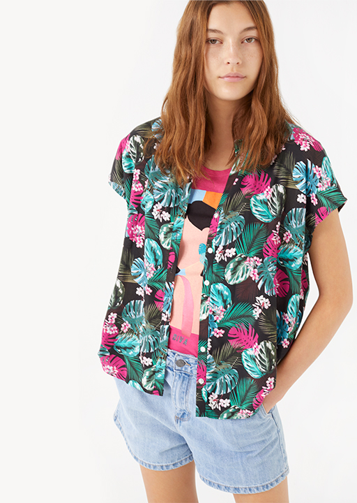 Tropical print short sleeve shirt.