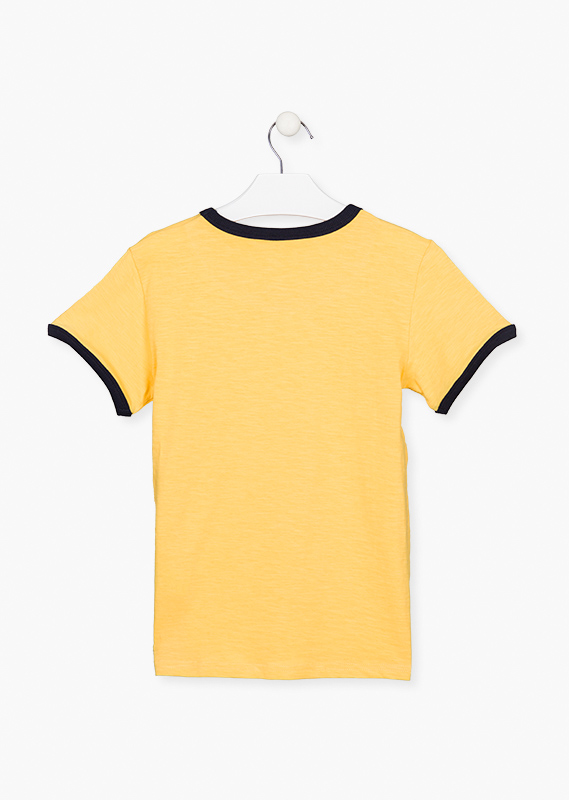 Short sleeve top in yellow.