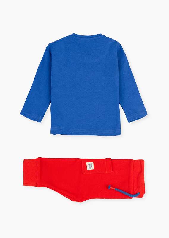 Athletic trousers & long sleeve t-shirt set.