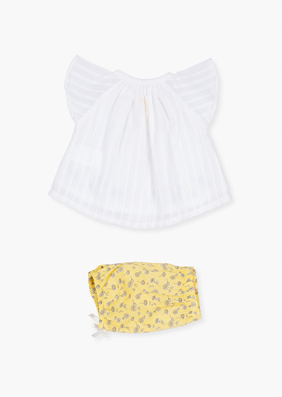 Daisy shorts & shirt set.