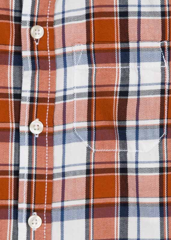 Check shirt with breast pocket.