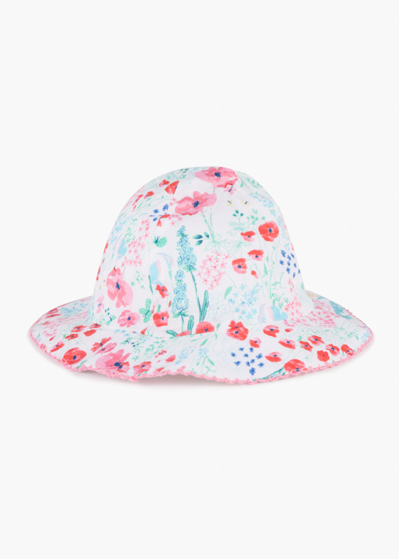 Voile hat with floral print.